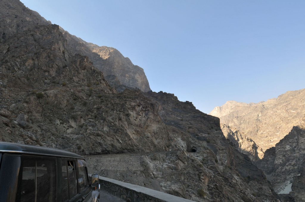 Another cool photo shot with the good glass - this is the Mahipar Pass outside Kabul