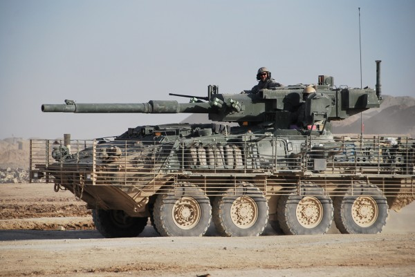 105 cannon mounted on a Stryker - that is a pretty cool looking piece of gear.