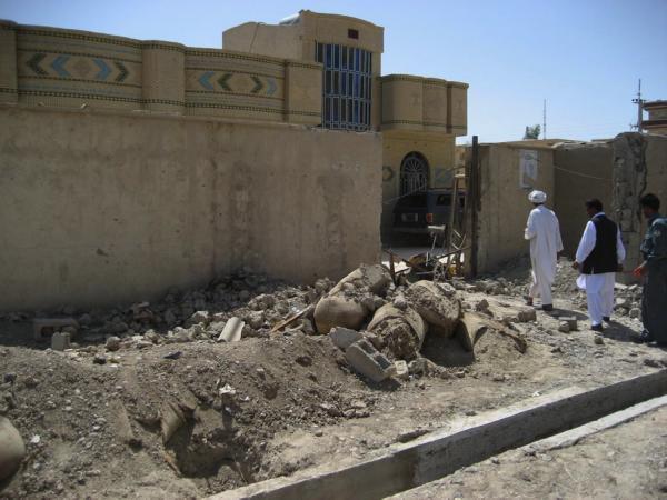 Breach point into the Provincal Council compound