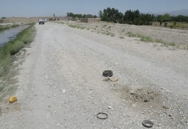 24 May - a low order detnation occurs as a clearly marked NGO vehicle is driving on this main road just outside of Jalalabad.  The blast ruptures the vehicle radiator and it costs to a stop